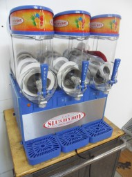 Ugolini Slush-Maschine 3x10 Liter (gebraucht) G554